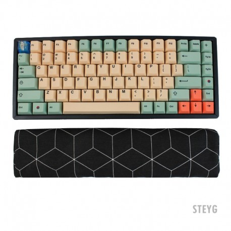 STEYG Wrist Rest Keyboard with buckwheat hulls - GeoBlack